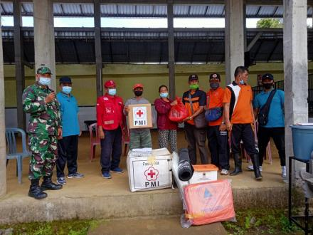 Pemberian Bantuan Kepada Korban Kebakaran